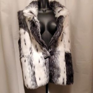 Beautiful Black and white faux fur reversible vest